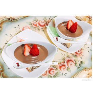 チョコレートムース ~苺を添えて~